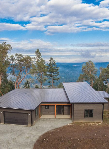 Mountain Side Rancher With Ocean Views 1